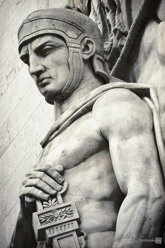 statue-paris-1282