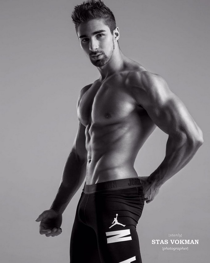 Model Mark Tsarevskiy
