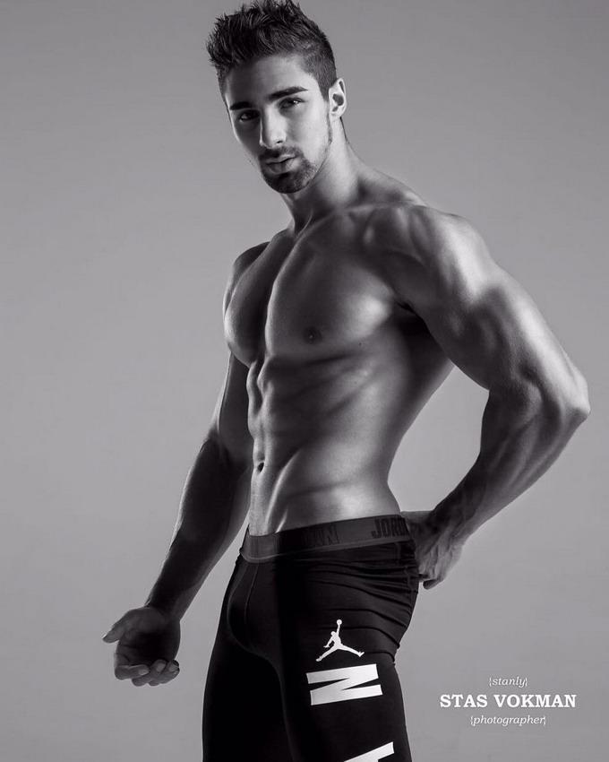 Model Mark Tsarevskiy