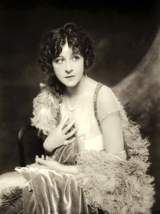 Fanny Brice, Ziegfeld Follies, early 1920s
