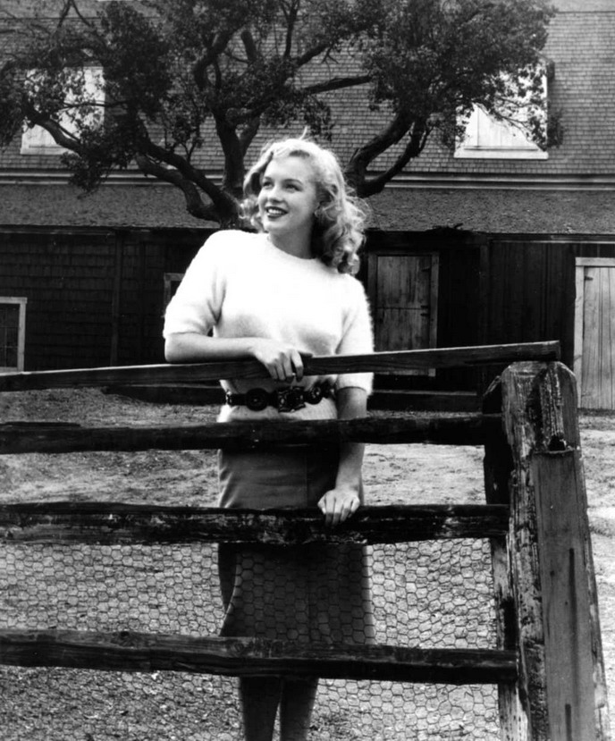 Young Marilyn Monroe, back on the farm