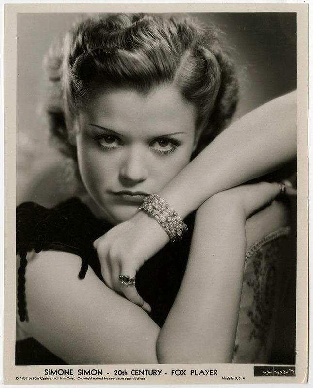 Simone Simon, 1935