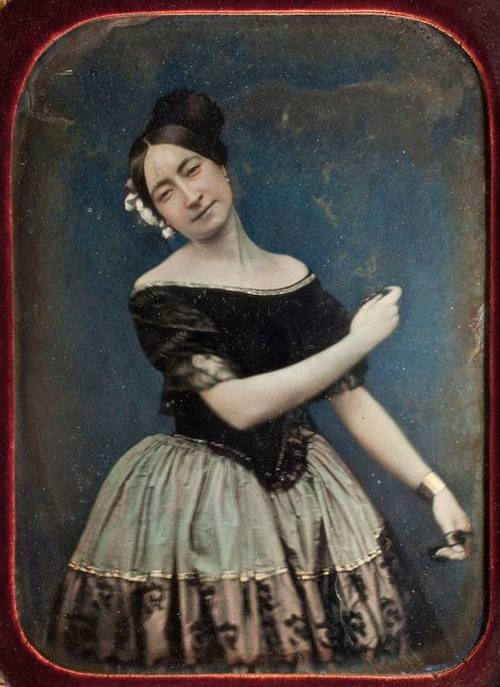 Swinging lady, 1800s