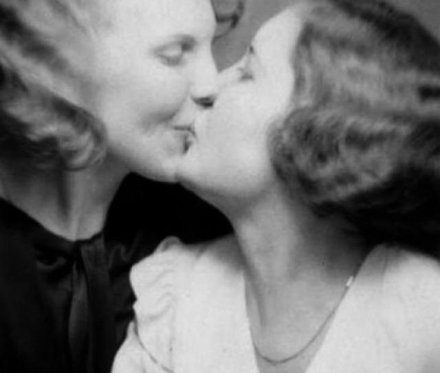 Vintage Lesbian Kiss