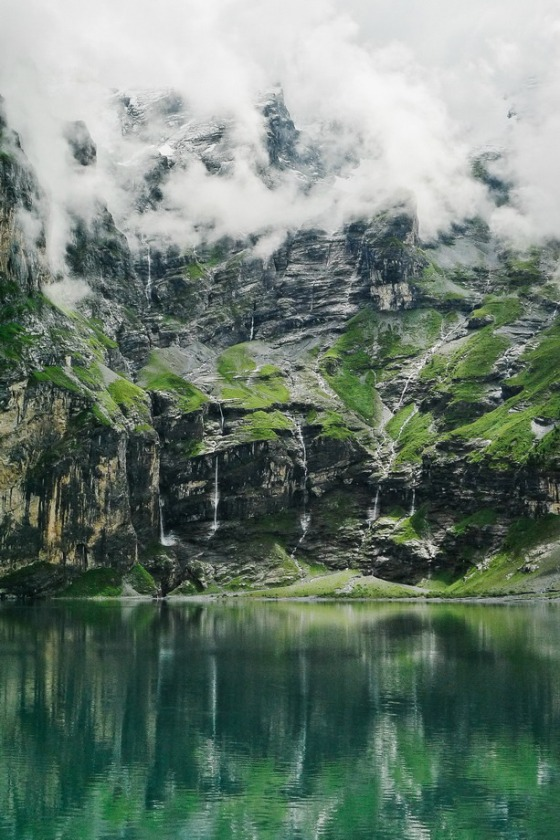 waterfall-mountains-4