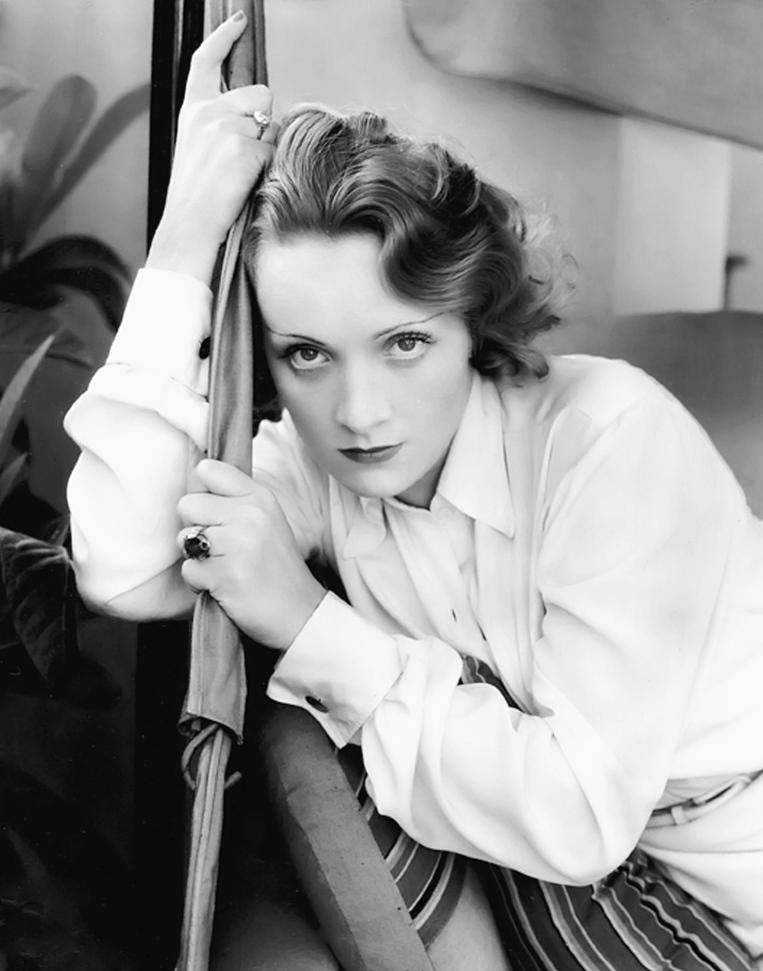 Marlene Dietrich by Edward Steichen, Los Angeles,1931