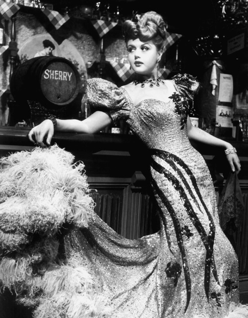 "Angela Lansbury in ""The Harvey Girls"",1946"