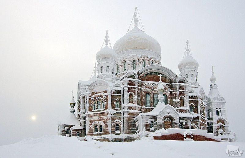 Belogorsky Monastery, Kalinino, Kungur region, Russia – Photo by PyotrZakharov