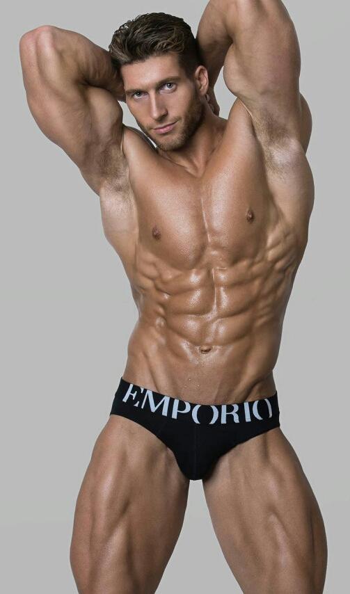 Emporio Armani underwearmodel
