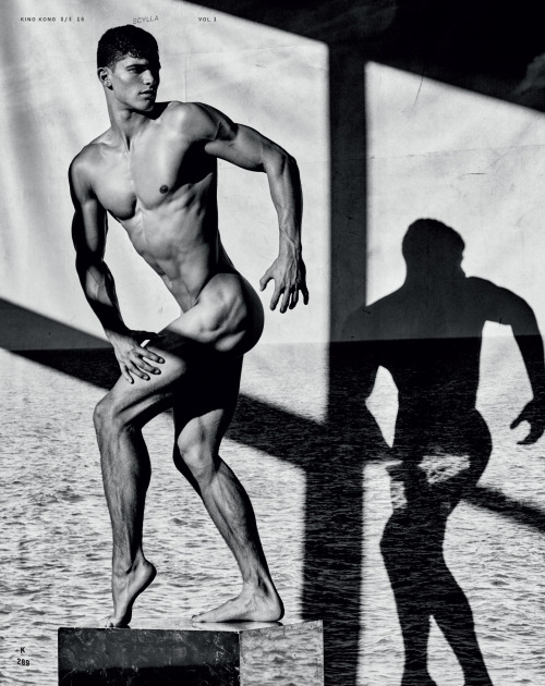 Trevor Signorino by Mariano Vivanco