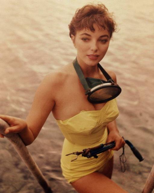 Young Joan Collins,spearfishing