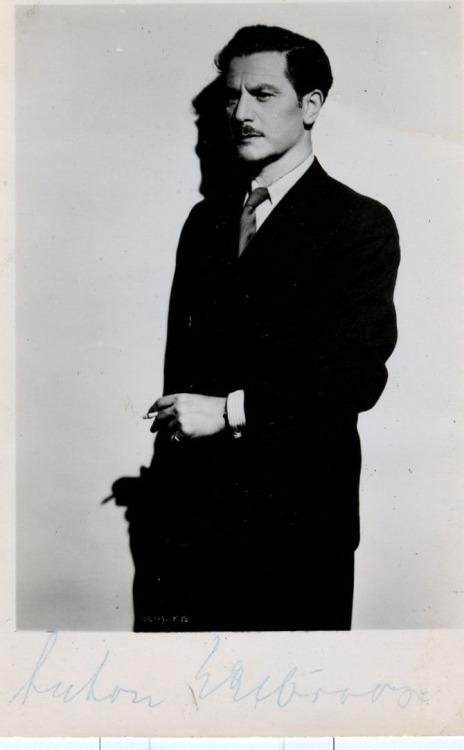 German/British actor AntonWohlbruck