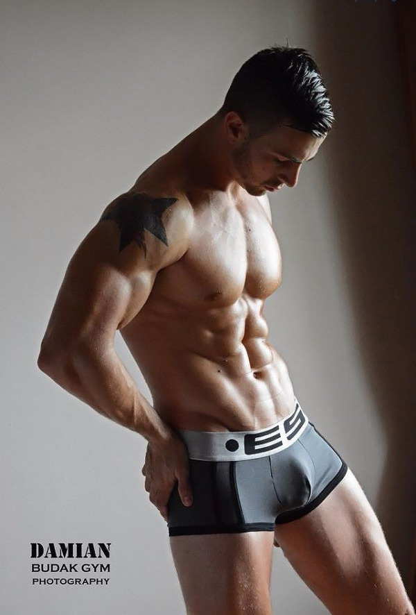 ES Underwear Model