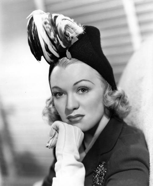 Eve Arden, 1940