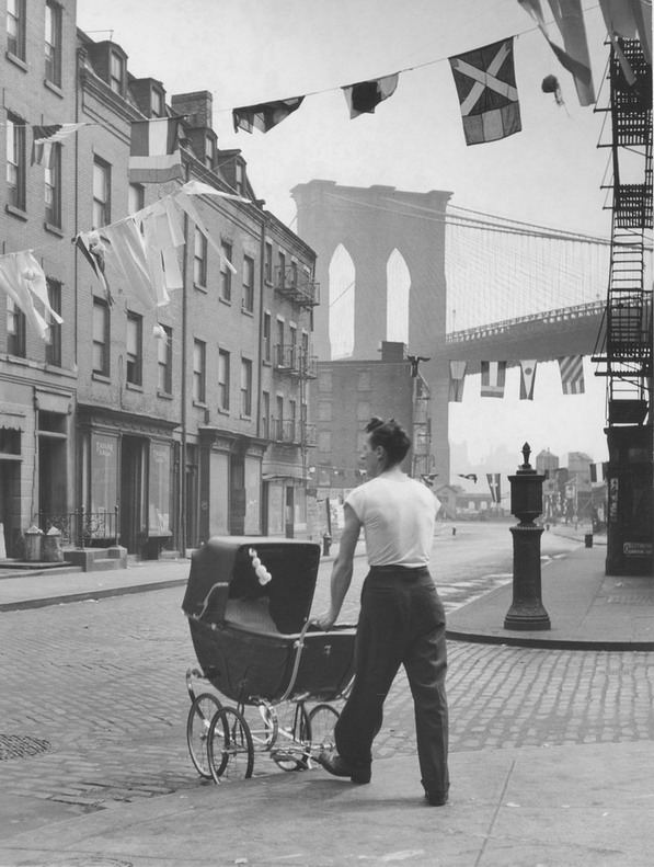 Father near the Brooklyn Bridge, NYC, 1947, by Fritz Henle