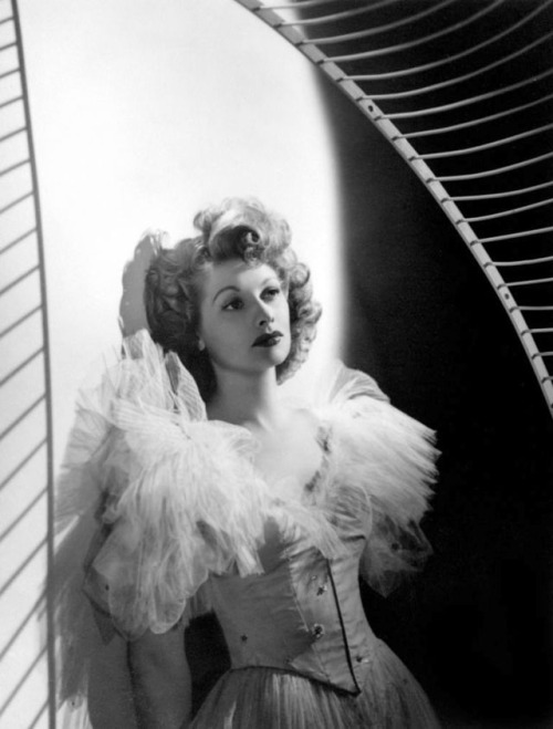 Lucille Ball in a dress by Edith Head, 1949, photo by Laszlo Willinger