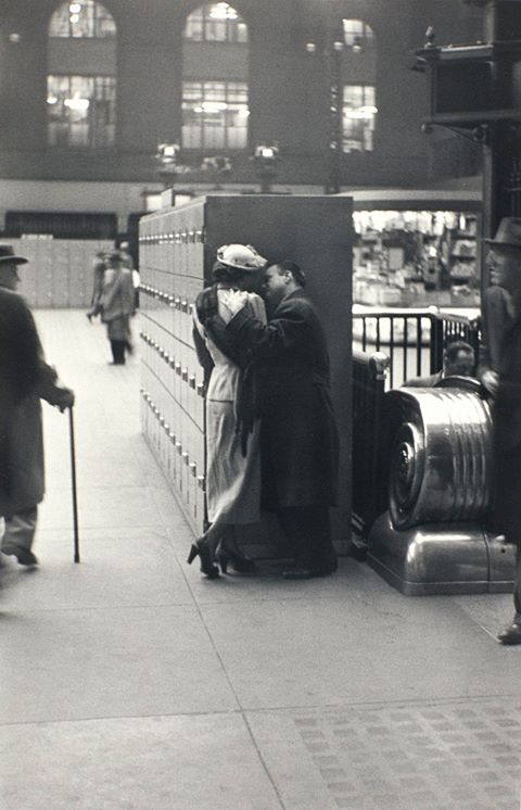Pennsylvania Station, New York City, 1948, by Louis Faurer