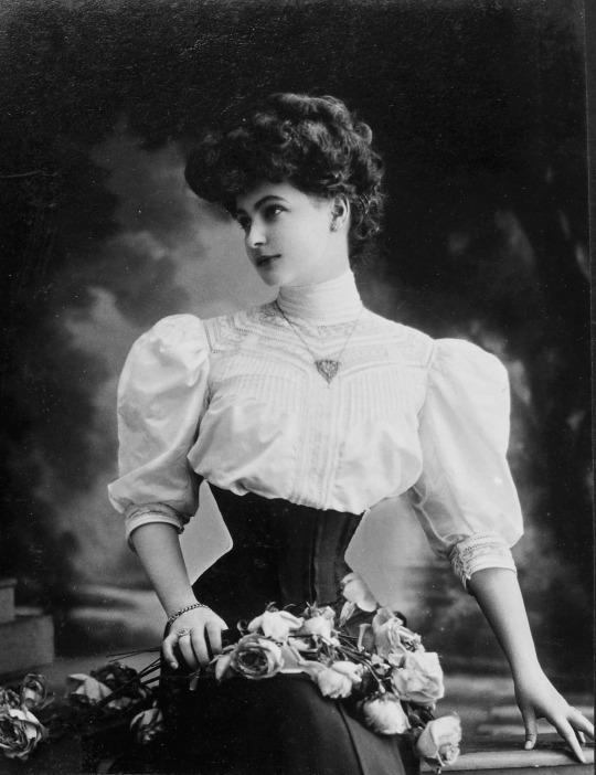 Woman wearing acorset