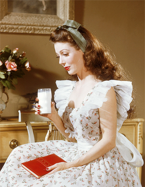 Loretta Young lookingwholesome