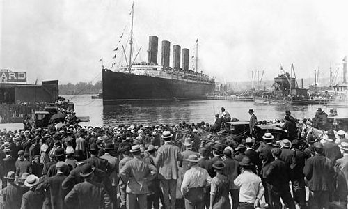 The Lusitania leaving NYC for its rendez-vous with history,1915