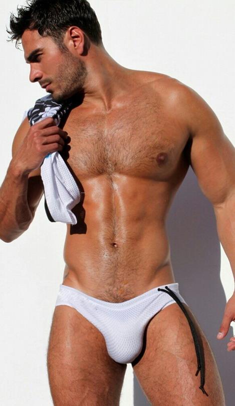 model Rodiney santiago