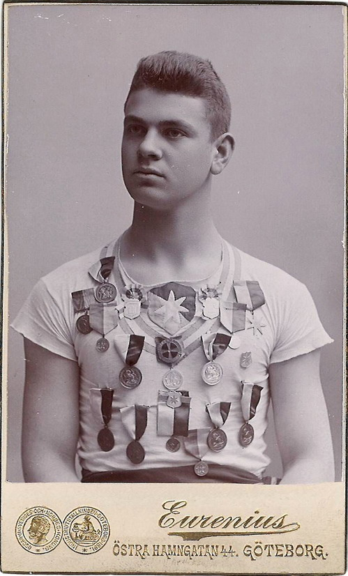 Vintage Swedish athlete with lots of medals