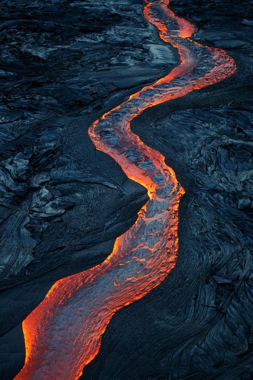 Lava (Photo by BruceOmori)