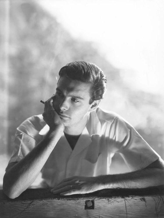 Louis Jourdan, 1947