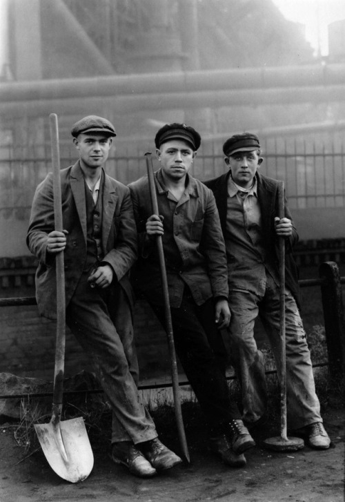Road Workers, Ruhr, Germany, Photo by August Sander,1928