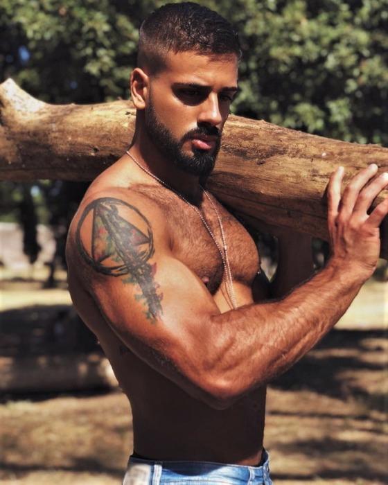 Model man spanish Top