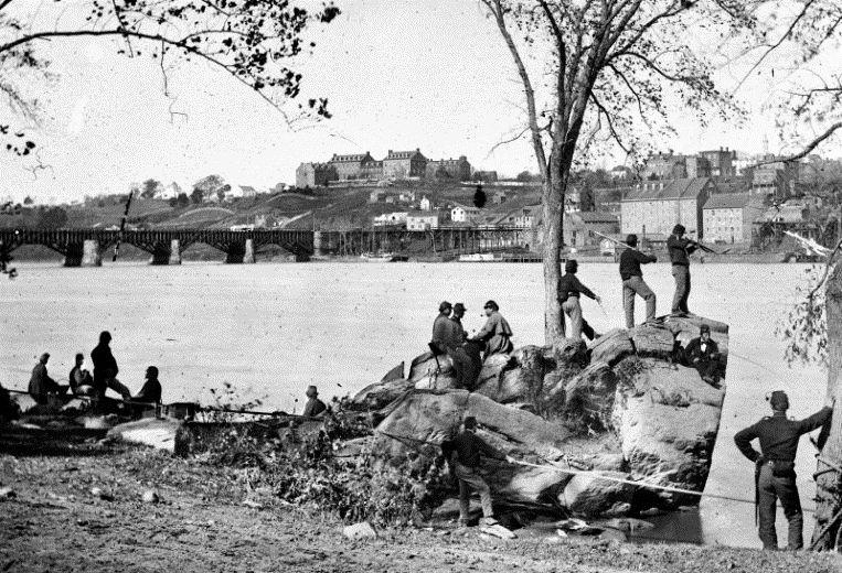 Soldiers guarding the Potomac River, US CivilWar