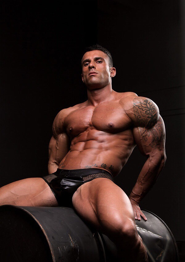 Muscle man xxx and sample and free