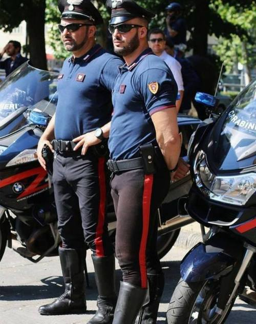 Italian Carabinieri (NationalPolice)
