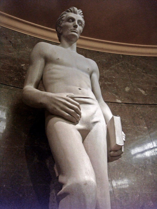 Abe the Babe – Statue of a young, shirtless Abraham Lincoln in a federal courthouse in LosAngeles