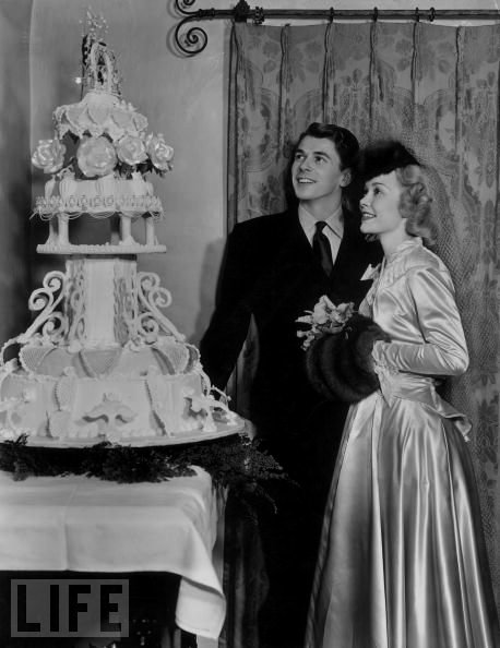 Ronald Reagan and Jane Wyman wedding photo