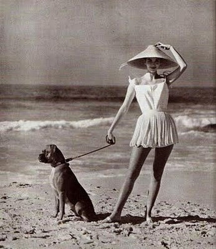 1940s Women's Beach Wear Model