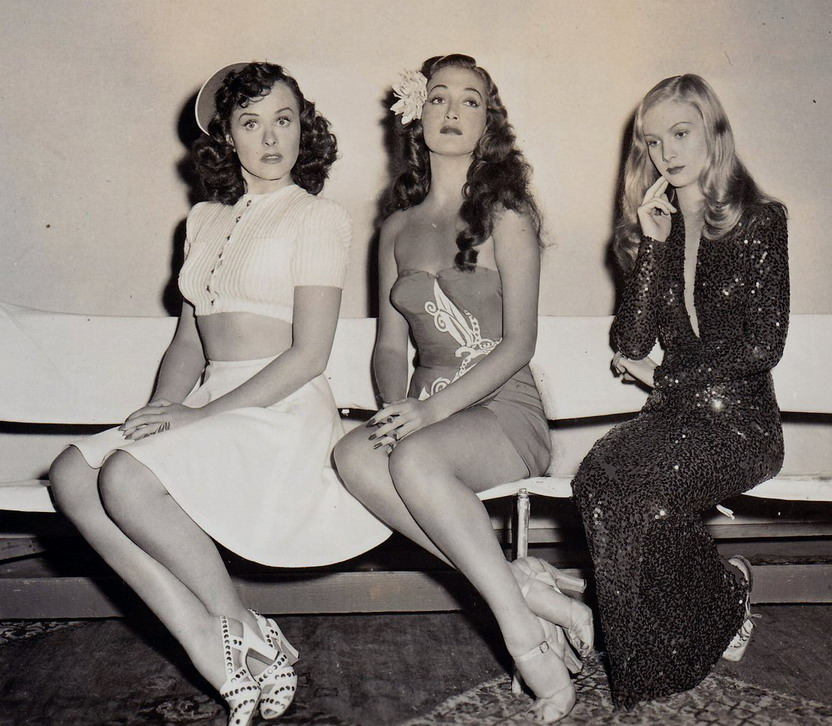 Paulette Goddard, Dorothy Lamour, and Veronica Lake (1942)