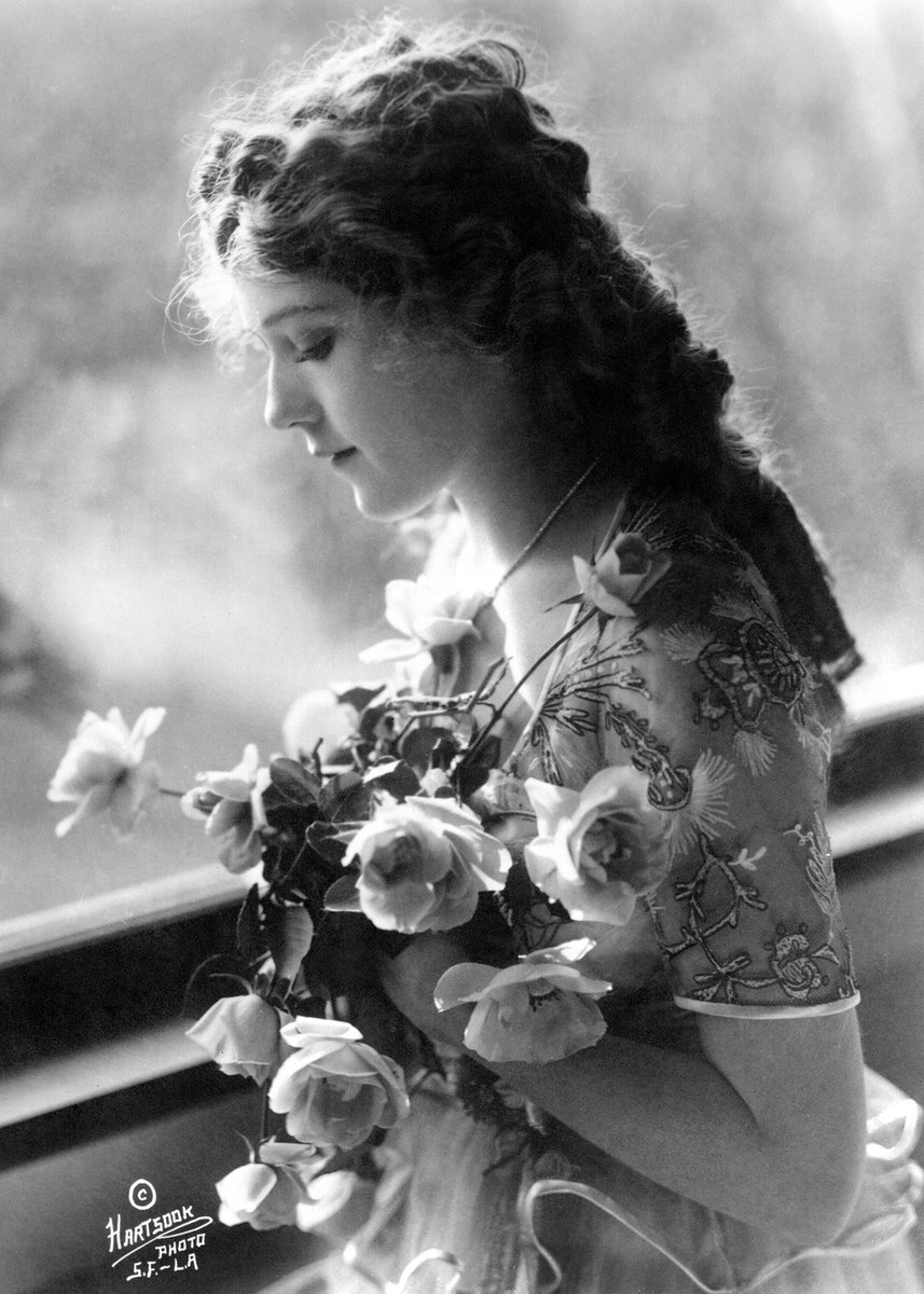 Silent film star Mary Pickford