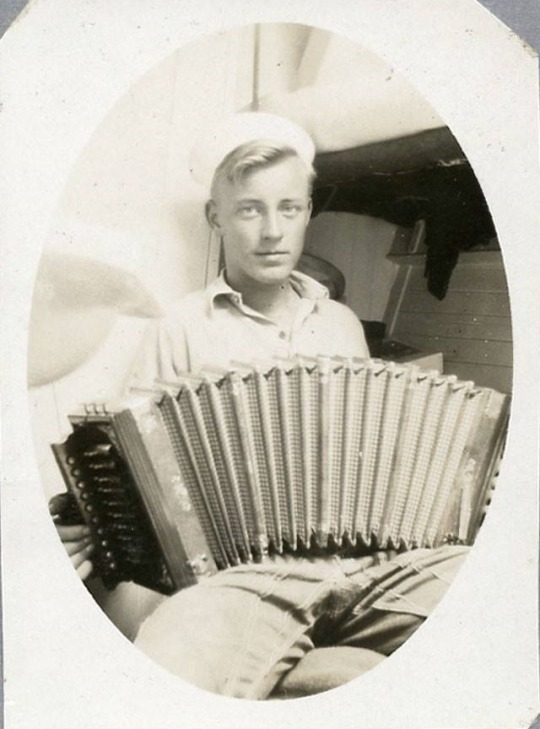 Sailor with an accordion