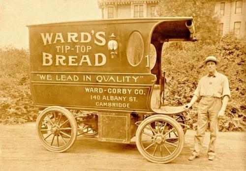 Bread wagon, Massachusetts, circa1905
