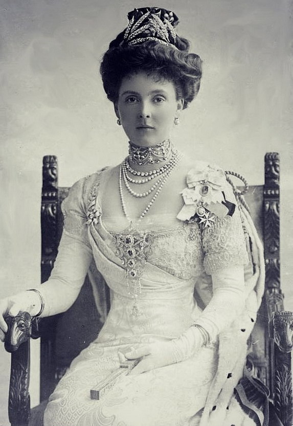Princess Alice, Countess of Athlone, England