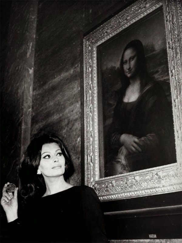 Sophia Loren and the Mona Lisa, Paris