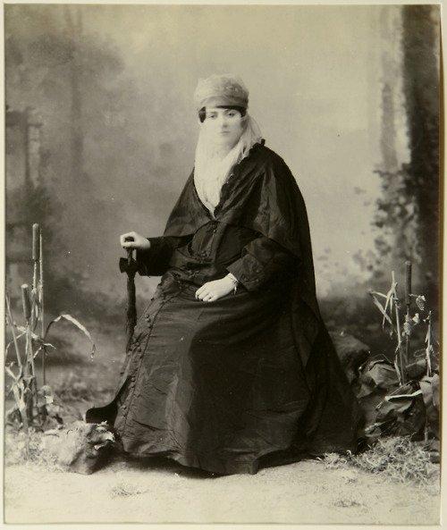 Turkish woman, 1800s