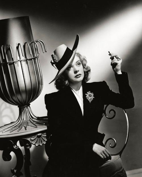 Alice Faye, 1940
