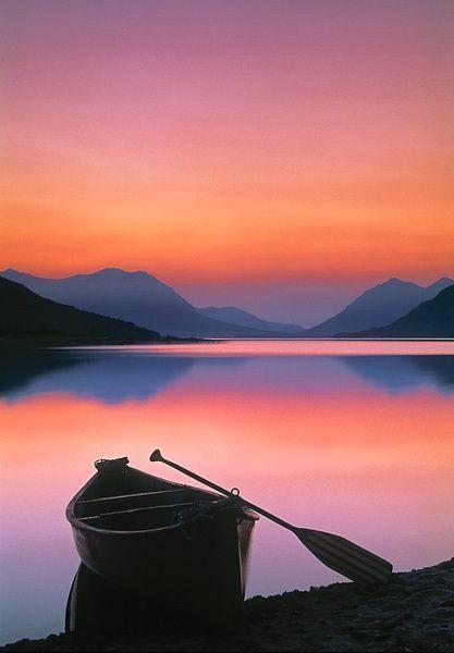 Boat on mountainlake