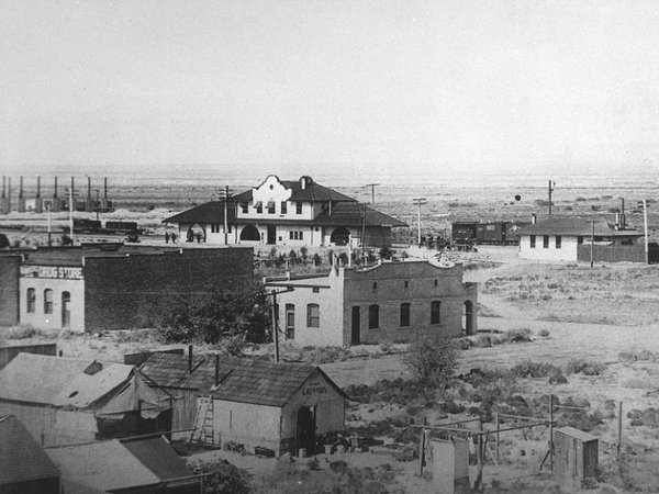 The Las Vegas strip when it was just a tiny town in the desert (1910?)