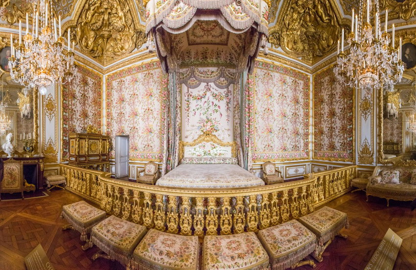 Bedroom in Versailles