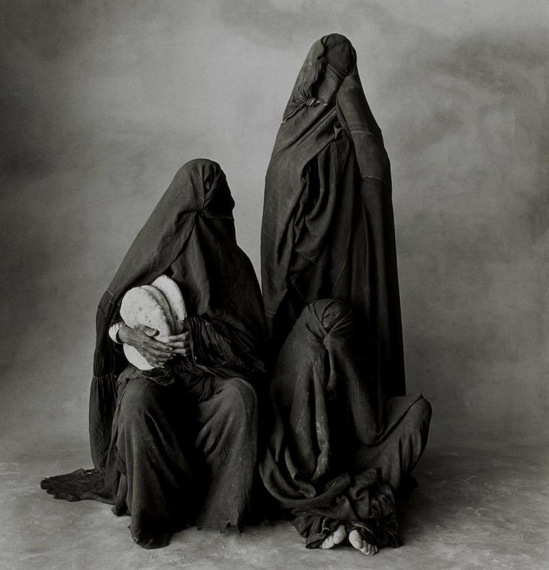 Three Moroccan Women – photo by Irving Penn,1971