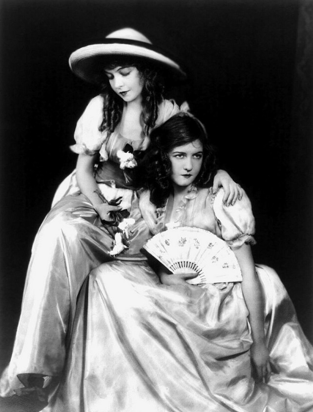 The Gish Sisters, American actresses of the silent era