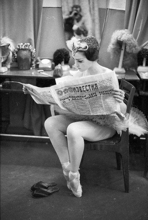 Ballerina catching up on the news, Soviet Union,1980s